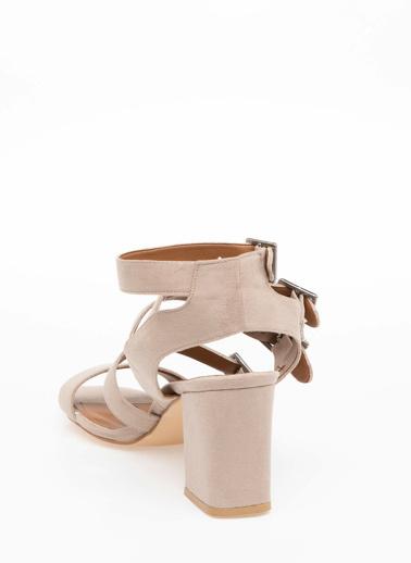 DeFacto Topuklu Sandalet Gri